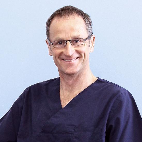 DR. JOCHEN LOTH / Zahnarzt